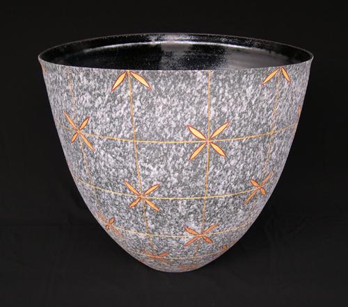 2006 吹泥金紅幾何文彩花器