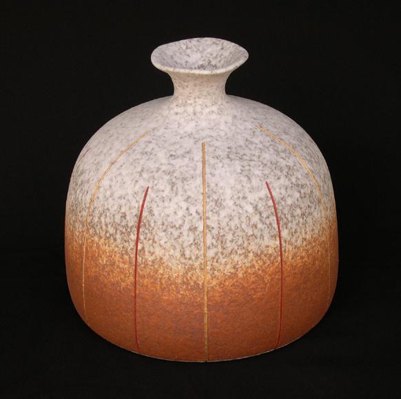 2007 吹泥金紅線文彩瓶